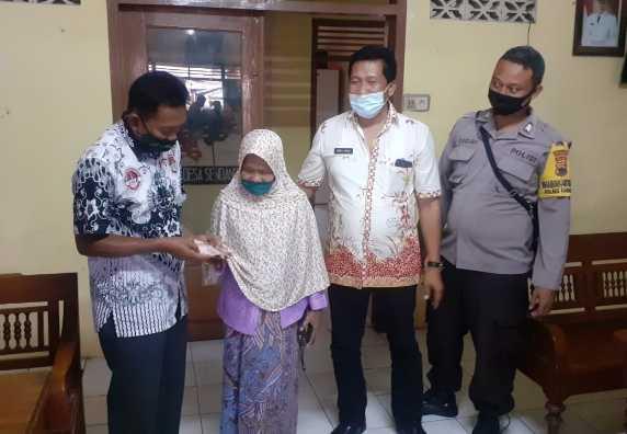 Penyaluran Bantuan Langsung Tunai Dana Desa (BLT DD) Tahap I Desa Sendang Kulon